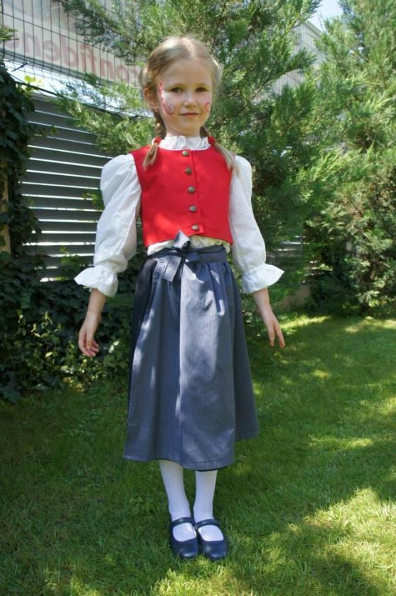 Costum popular austriac